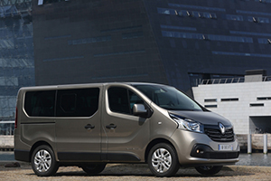 RENT - Renault Trafic (long)